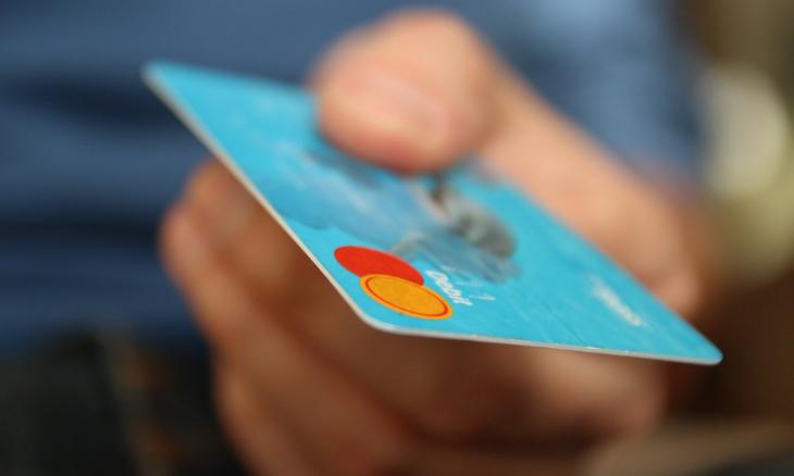 Перевод по номеру карты и номеру телефона через Сбербанк Онлайн и Мобильный банк по смс